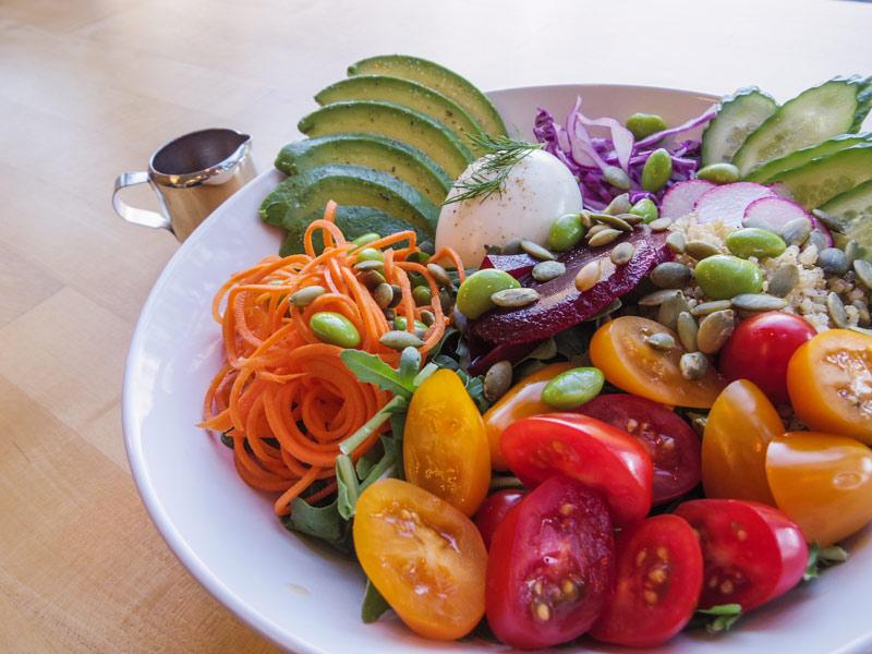 quinoa-salad-with-avacado